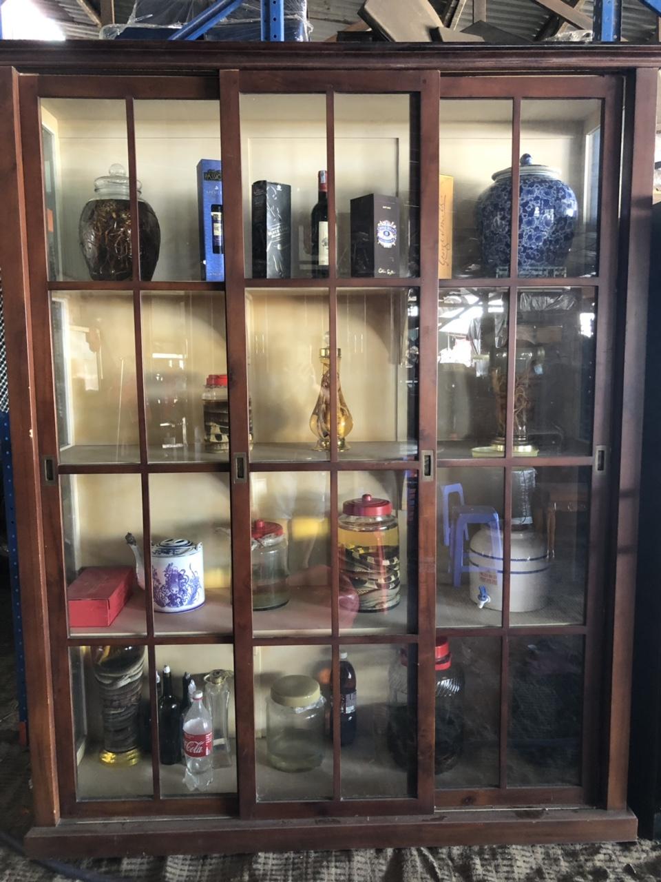 Tủ rượu gỗ 446