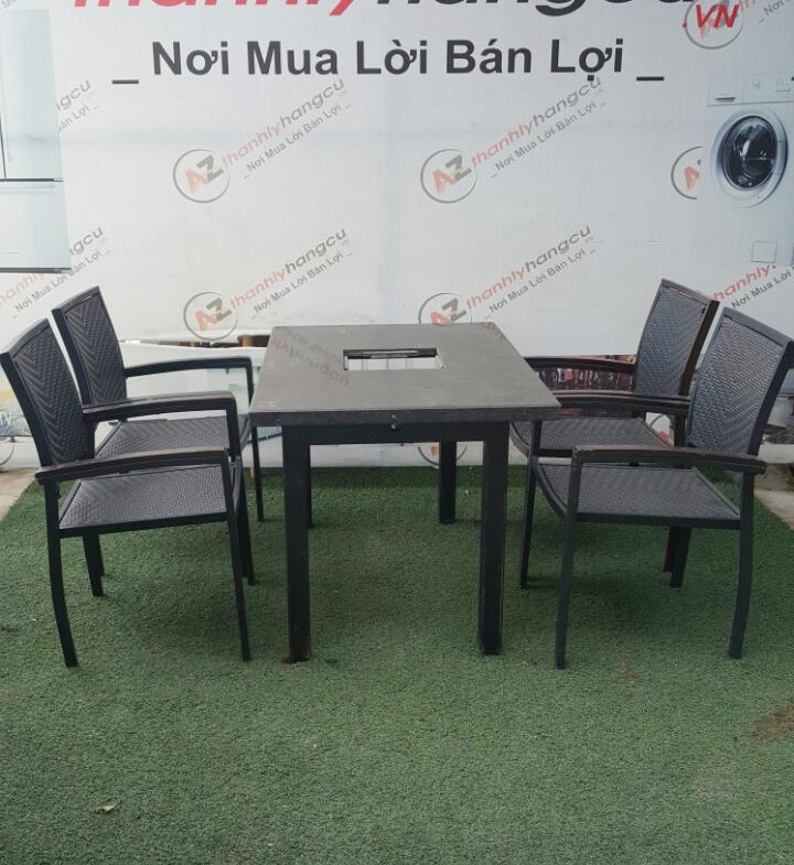 Bộ bàn ghế nhà hàng 972