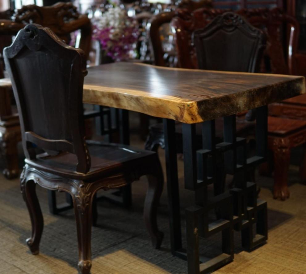 Bộ bàn ghế gỗ me tây SP000423