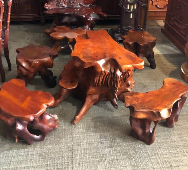 Bộ bàn ghế gốc cây gỗ hương Việt SP000488