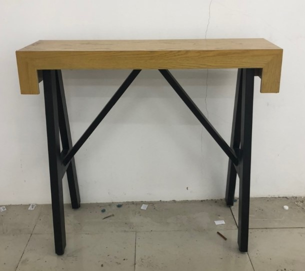 Bàn gỗ Chân Sắt SP000545