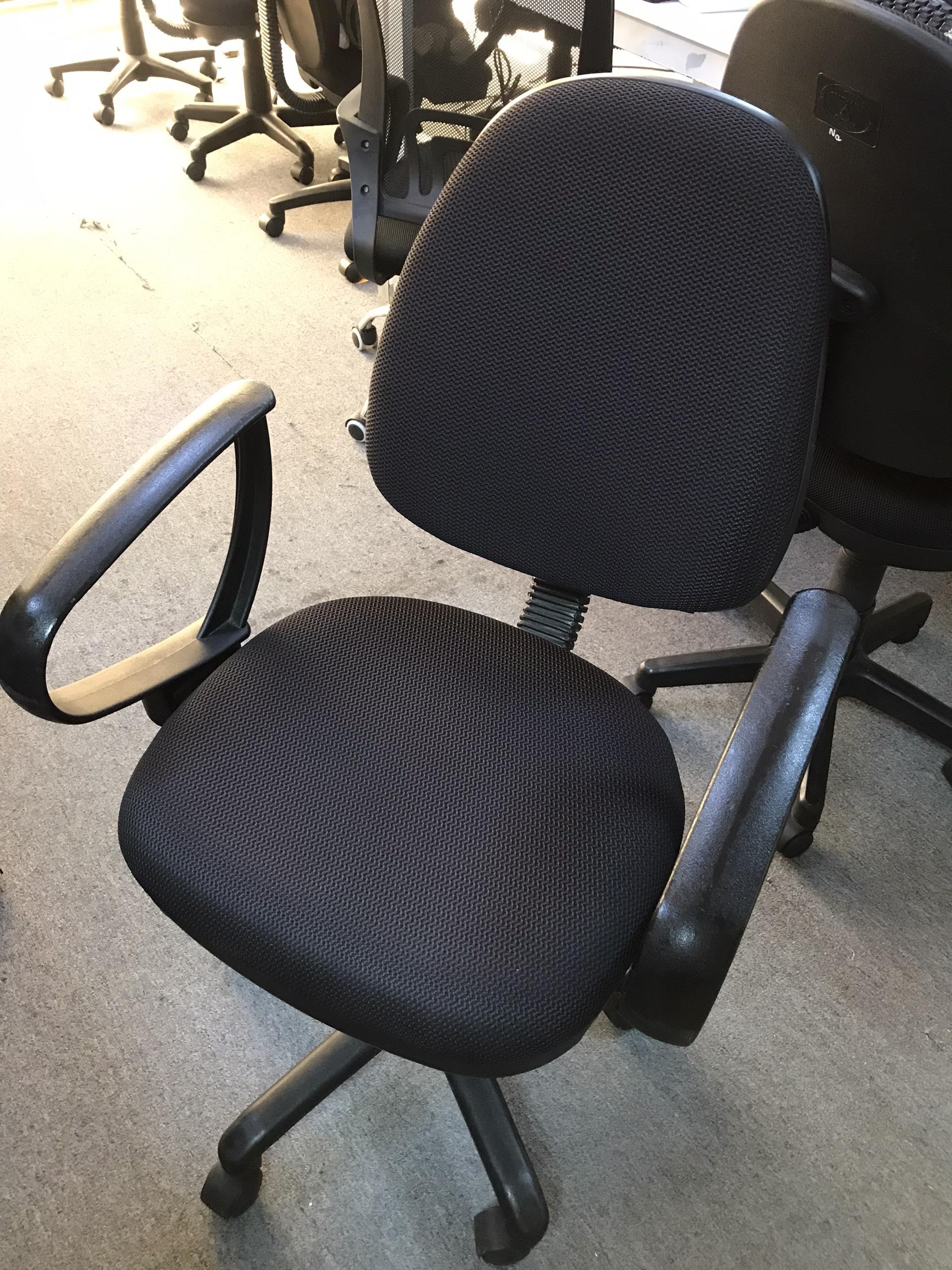 Ghế xoay văn phòng SP001005