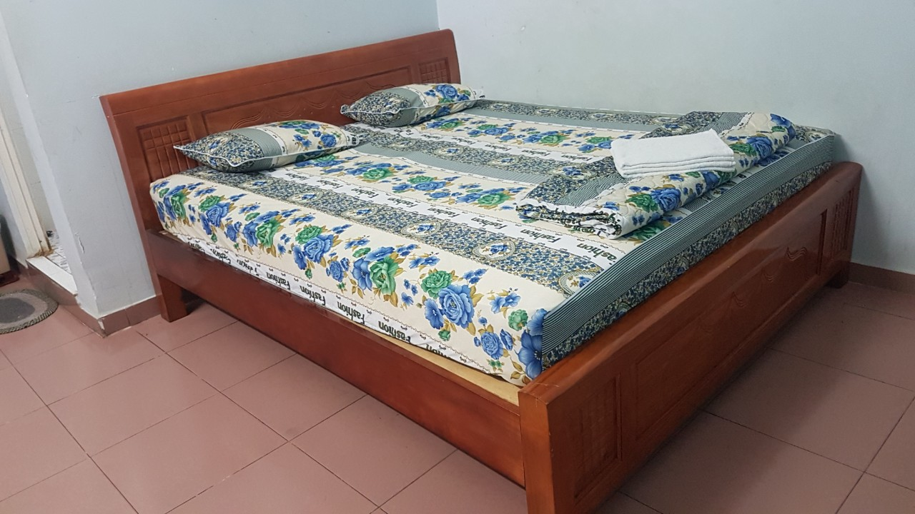 Thanh lý giường +nệm SP001038