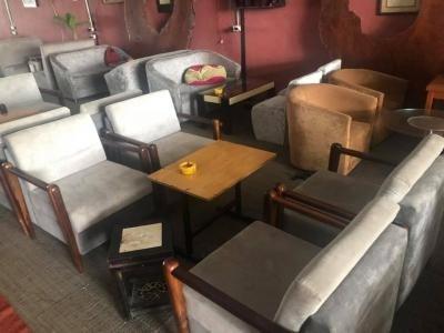 Bộ sofa cafe nệm khung gỗ sồi