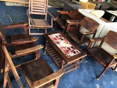 Bàn ghế phòng khách gỗ tự nhiên kiểu xưa