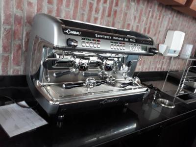 Máy pha cafe espresso cũ nhập khẩu thanh lý giá tốt
