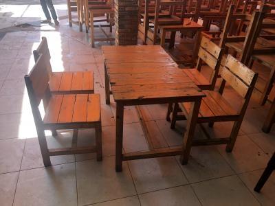 Thanh lý bàn ghế quán nhậu gỗ thông