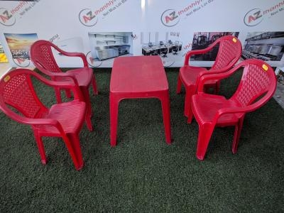 Bàn ghế nhựa quán ăn hiệu Duy Tân