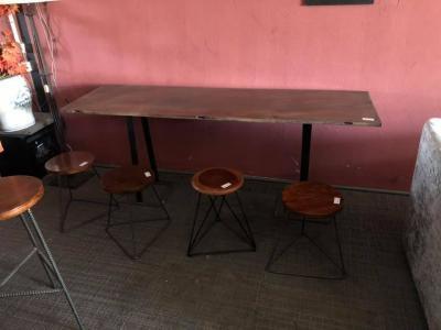 bàn ghế cafe kiểu gỗ xưa