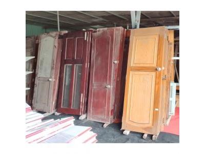 Cửa gỗ thanh lý đa dạng và phong phú