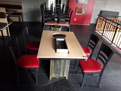 Bộ bàn ghế quán ăn BBQ cũ 1138