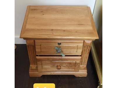Tủ đầu giường gỗ sồi SP000090