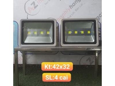 Đèn pha 200 W SP000690