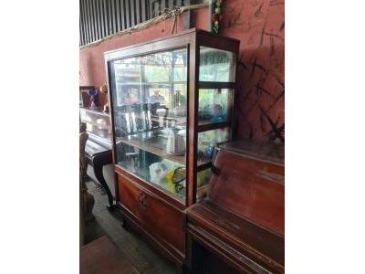 Tủ trưng bày xưa gỗ đỏ SP000432
